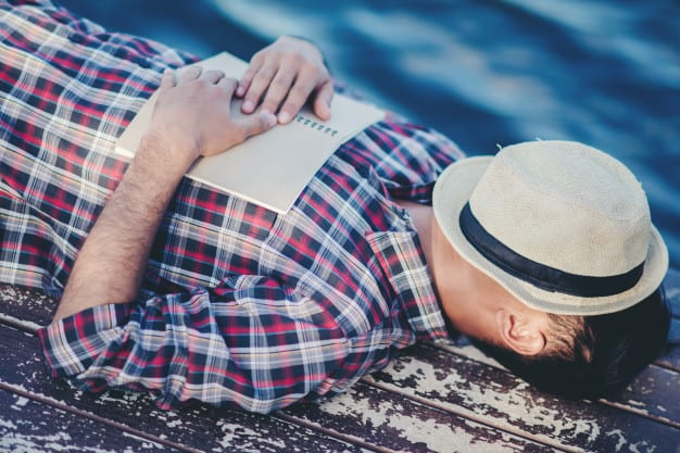 Improve your productivity and build your resilience by taking 15-minute naps
